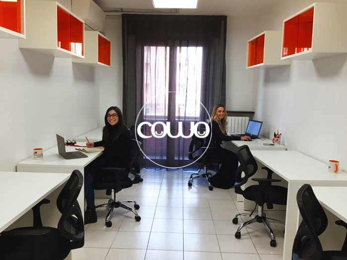 Coworking-Novara-Scrivanie