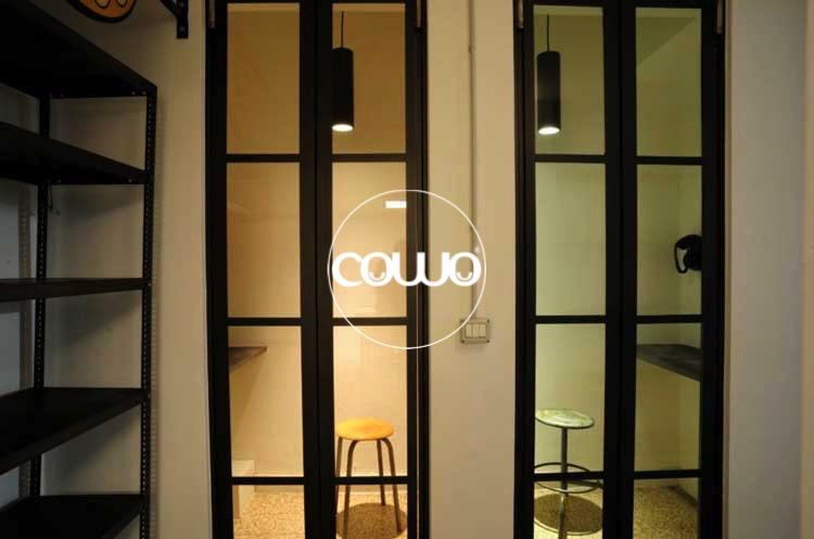 Phone-booth-Coworking-Corsica-Argonne-interni
